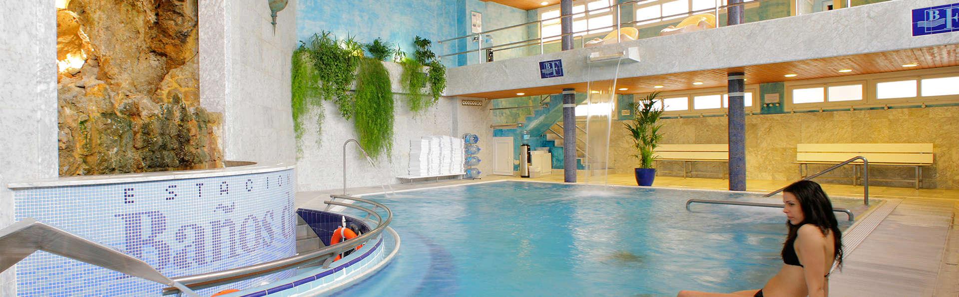 Escapade détente dans Baños de Fitero, avec circuit thermal et accès à la piscine extérieure
