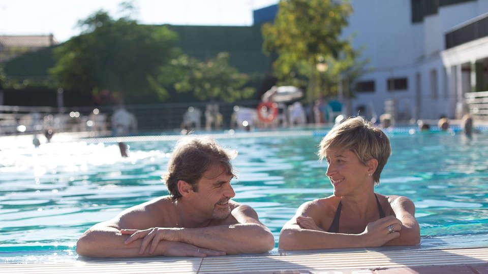 Balneario de Fitero - Hotel Bécquer - EDIT_pool2.jpg
