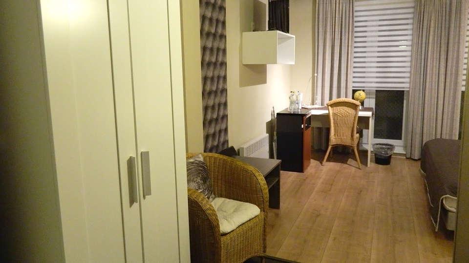 Hotel Butler - EDIT_Room4.jpg