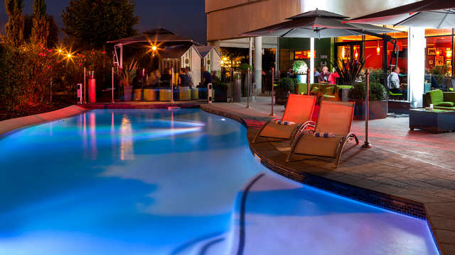 Hotel Courtyard By Marriott Toulouse Airport - Pool