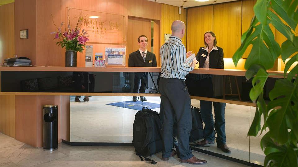 Hotel de'Medici  - EDIT_reception.jpg
