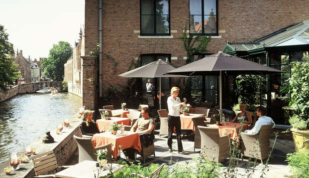 Hotel Die Swaene - terrace