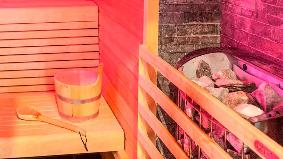 Martin's Dream Hotel - EDIT_sauna.jpg