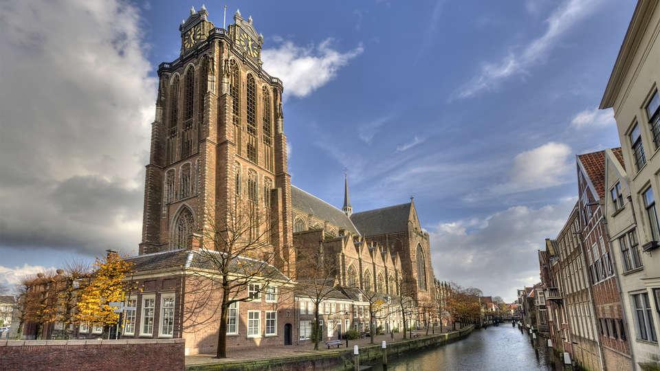 Hotel Dordrecht - EDIT_destination2.jpg