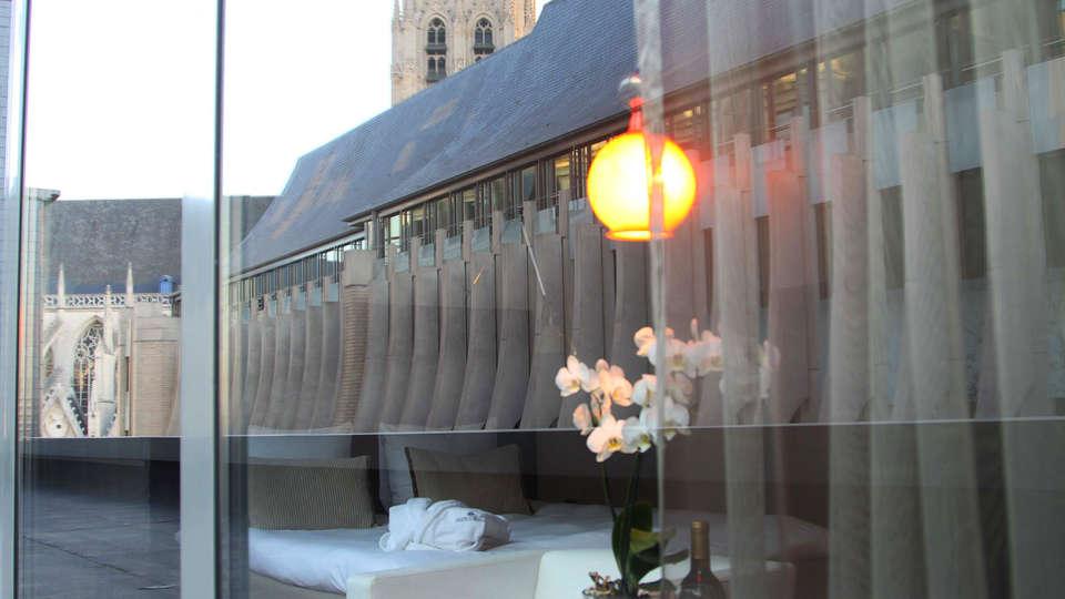 Sandton Brussels Center ( Brussel )  - edit_view.jpg