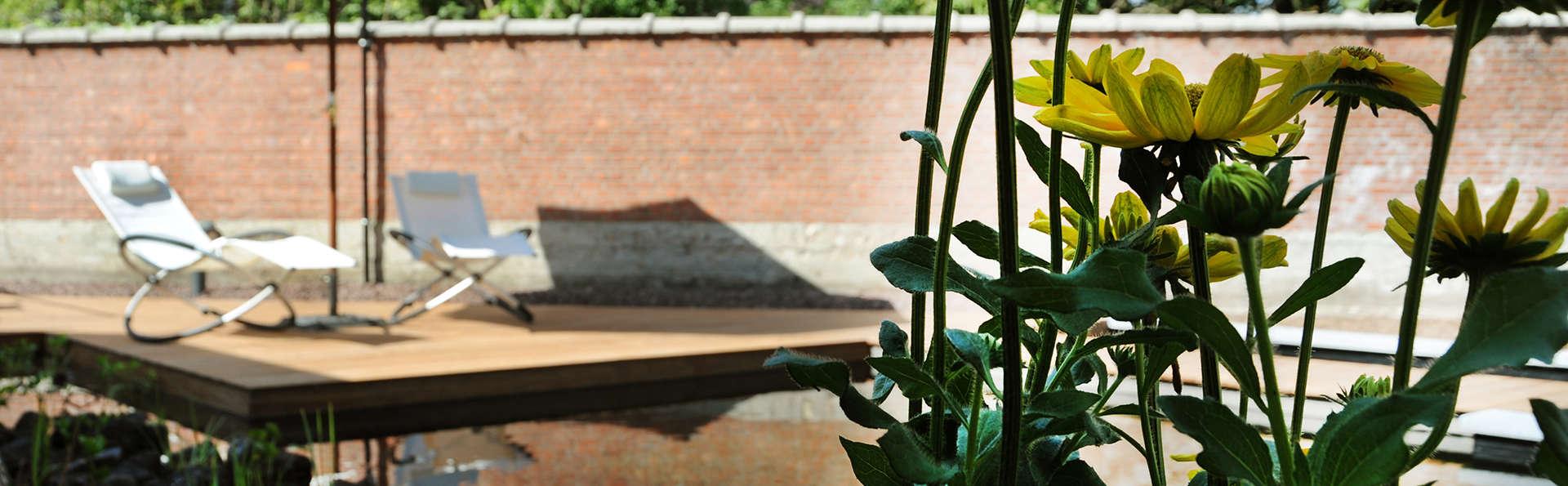 Charmehotel Villa Saporis - EDIT_terrace.jpg