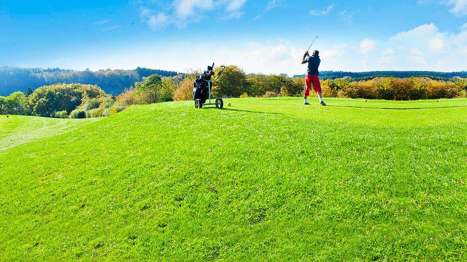 Golf & Country Hotel - EDIT_golf1.jpg