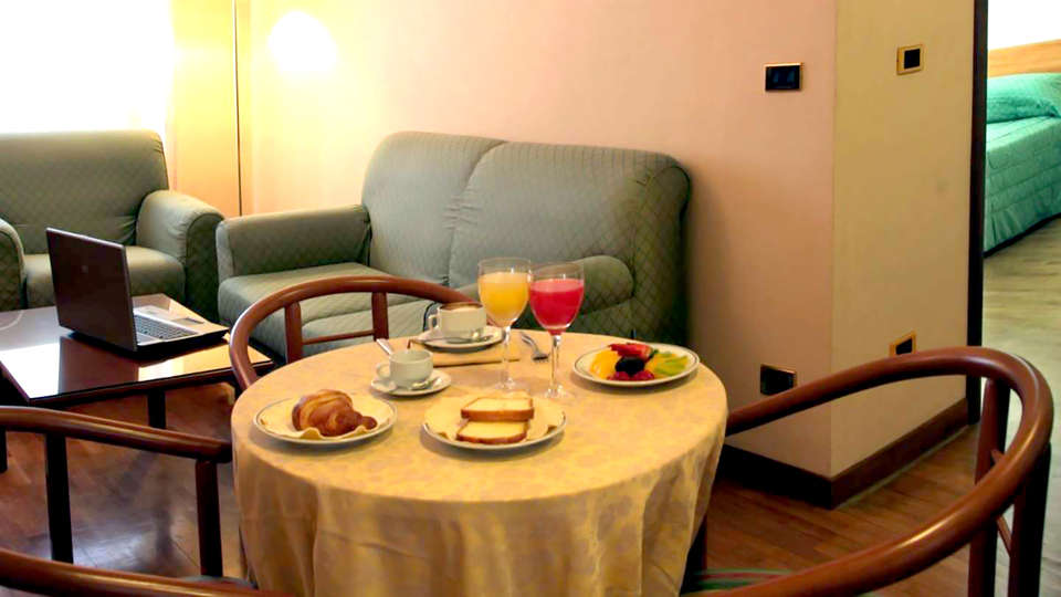 Hotel San Francesco - Edit_Room3.jpg