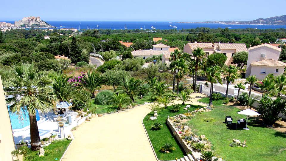 Hôtel Corsica - Edit_View.jpg