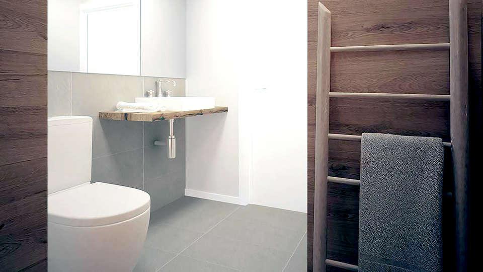 Dynamic Hotels Caldetes - Edit_Bathroom.jpg
