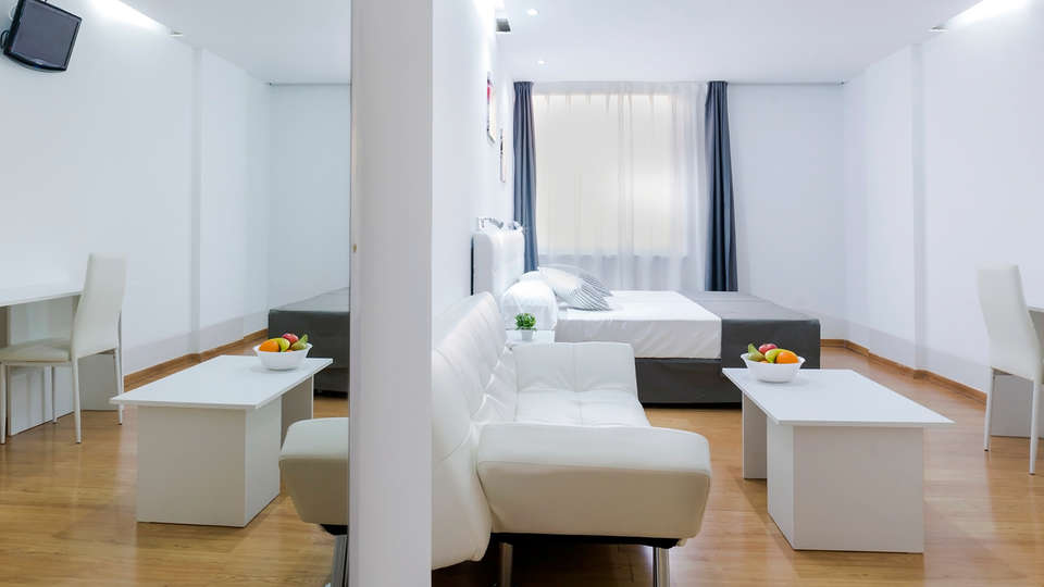 Bluesense Madrid Génova - Edit_Apartment2.jpg