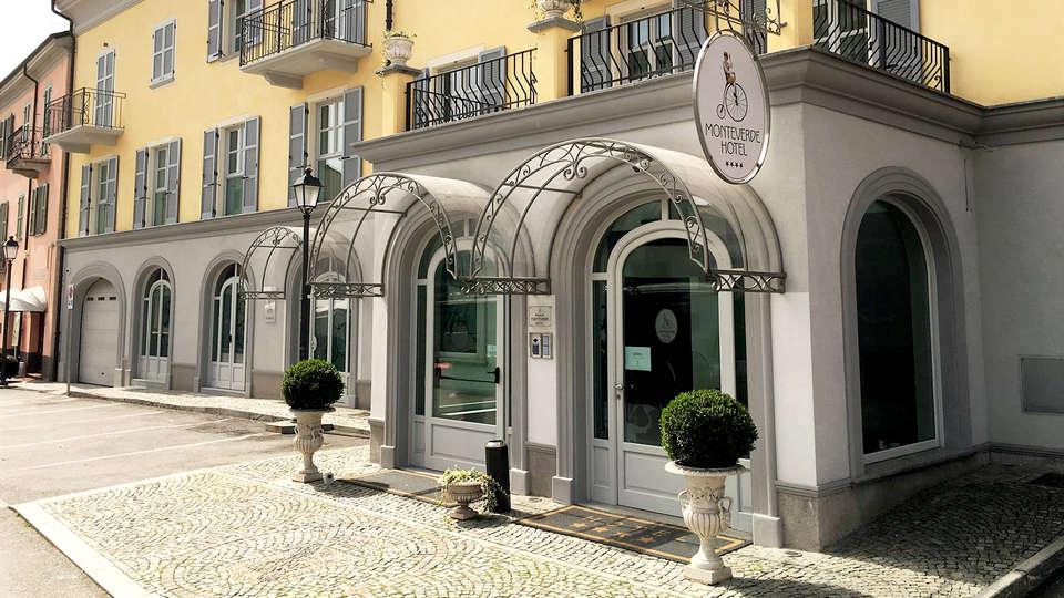 Hotel Monteverde - Edit_Front3.jpg