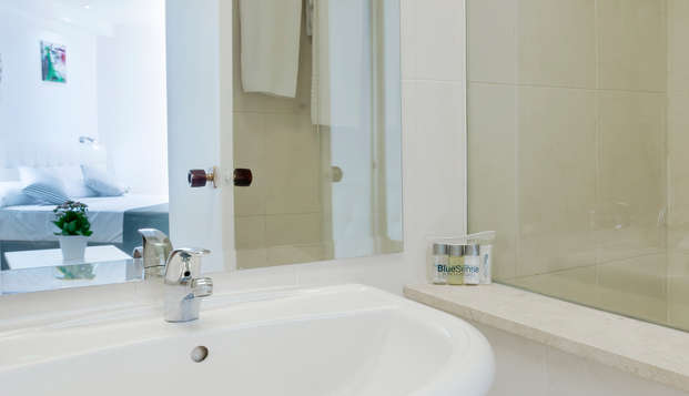 Bluesense Madrid Serrano - Bathroom
