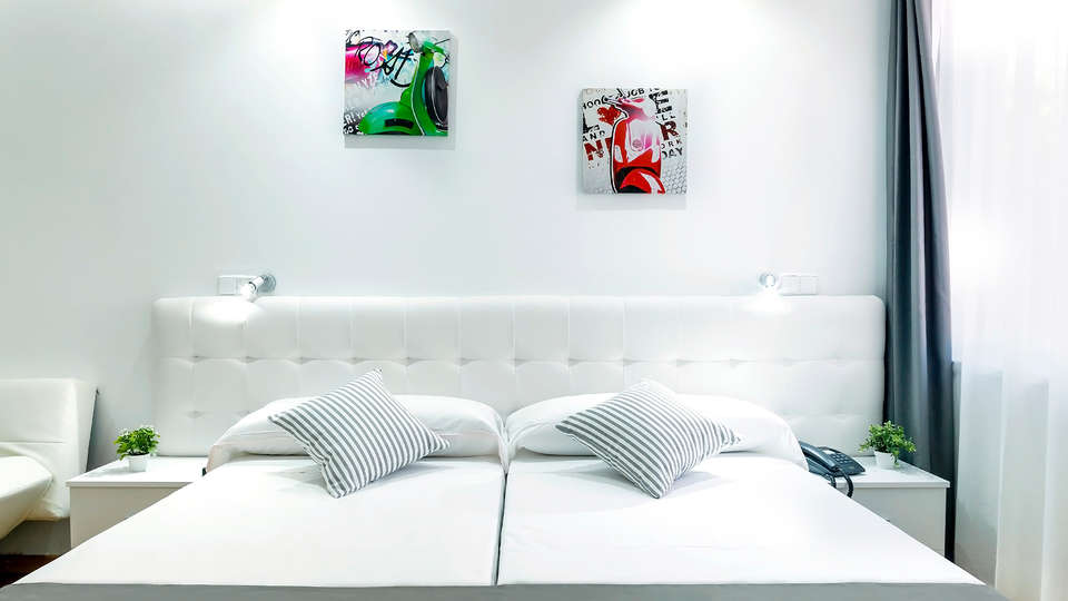 Boutique Urban Madrid Serrano - Edit_Room4.jpg