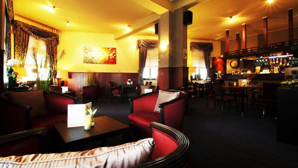 Hotel Hulsman - EDIT_bar.jpg
