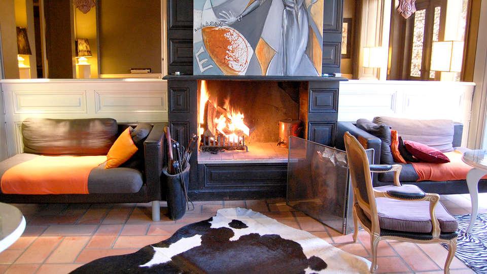 Hôtel Sud Bretagne - Edit_Lounge.jpg