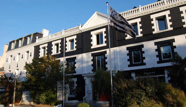 Hotel Sud Bretagne - Front