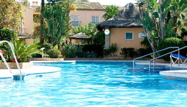 Escapada familiar con acceso a la piscina interior en unos preciosos apartamentos en Málaga