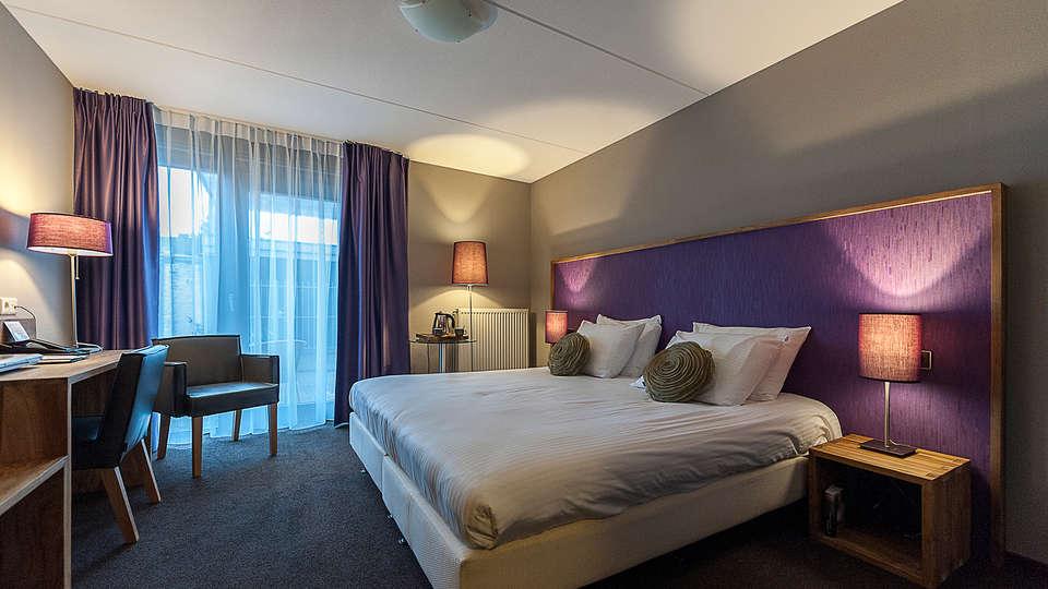 Linge Hotel Elst - EDIT_room1.jpg