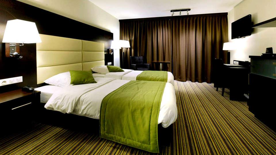 Hotel Restaurant Charleroi Airport - Van der Valk - Edit_Room4.jpg