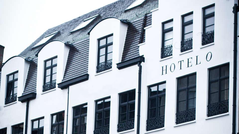 Hotel O Kathedral - EDIT_Exterior1.jpg