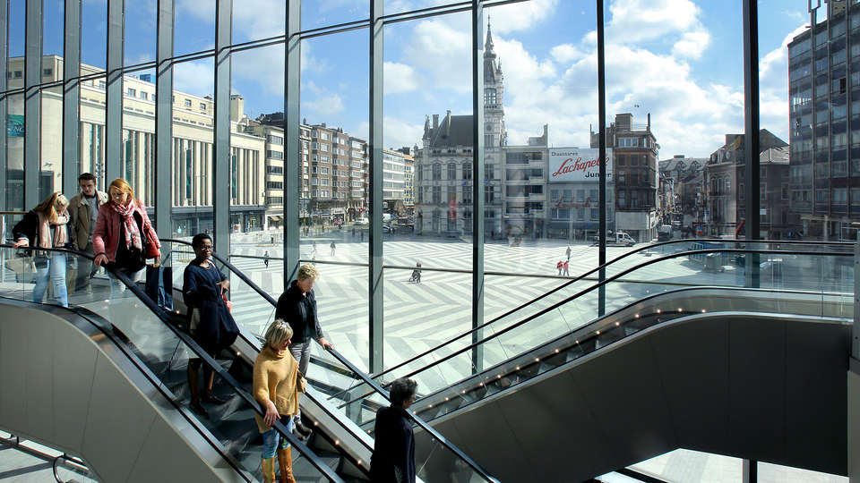 Ibis Charleroi Centre Gare - EDIT_MALL2.jpg