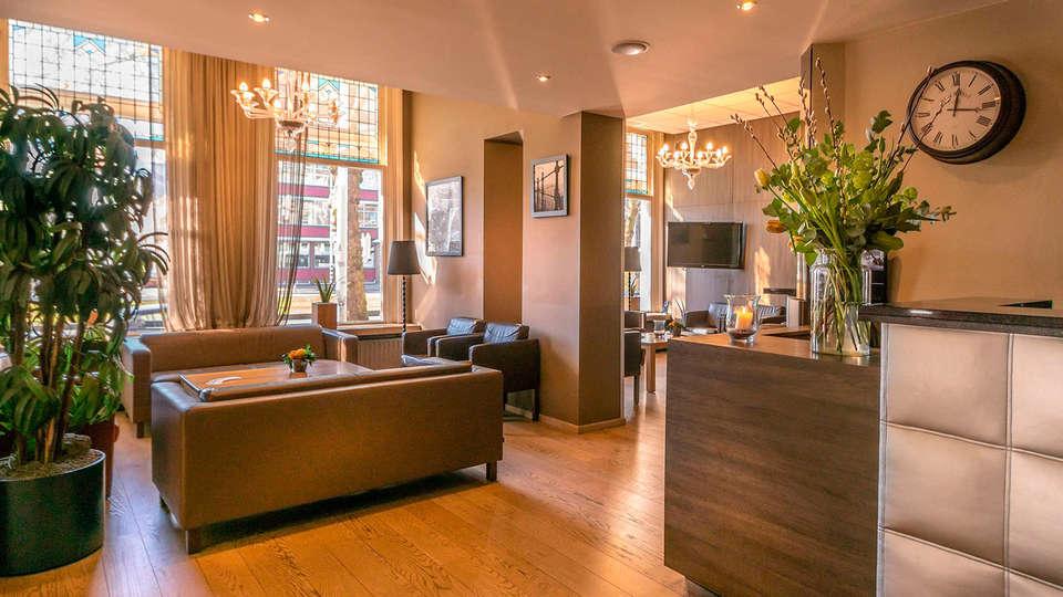 Hotel Rotterdam - EDIT_recepcion3.jpg