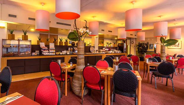 Hotel Rotterdam - breakfast