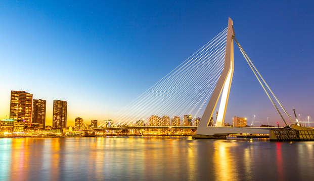 Bezoek Rotterdam en geniet van luxe en de moderne architectuur
