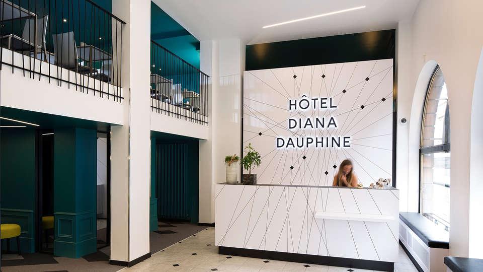 Hôtel Diana Dauphine - edit_Hall-2.jpg