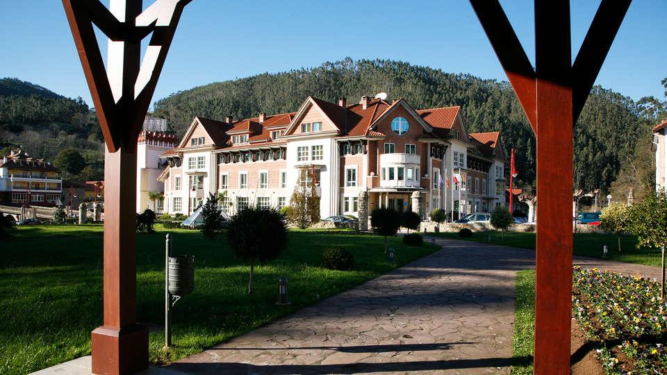 Gran Hotel Balneario de Puente Viesgo - EDIT_front4.jpg