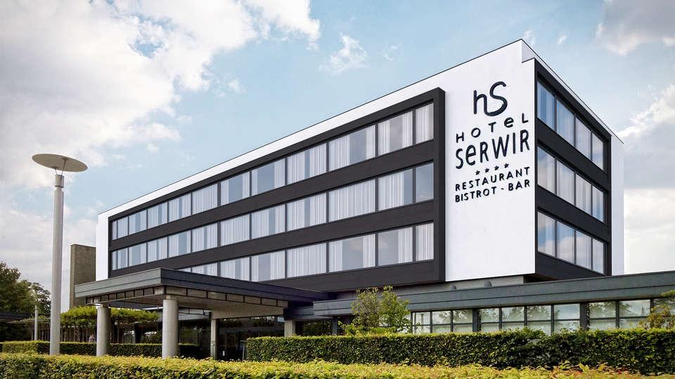 Hotel Serwir - EDIT_front.jpg