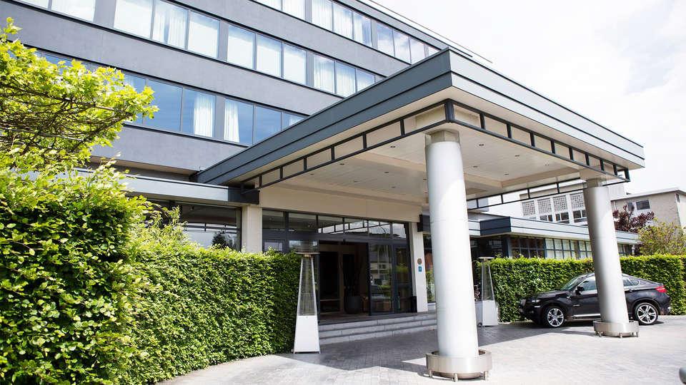 Hotel Serwir - EDIT_front2.jpg