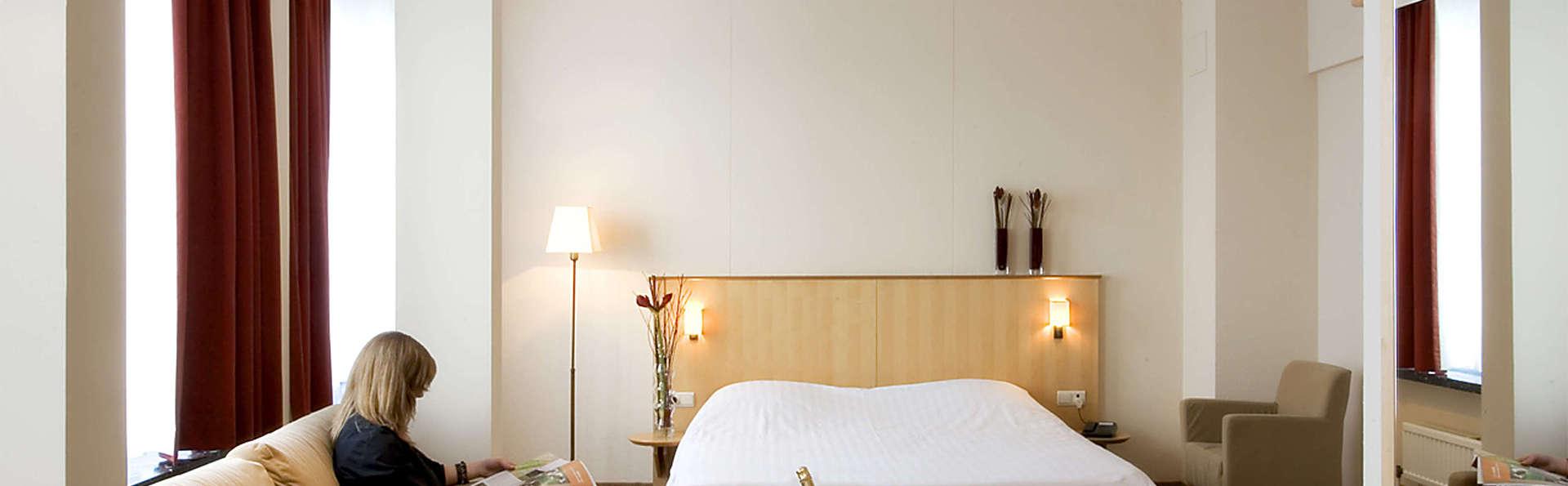 Hotel Serwir - EDIT_room2.jpg