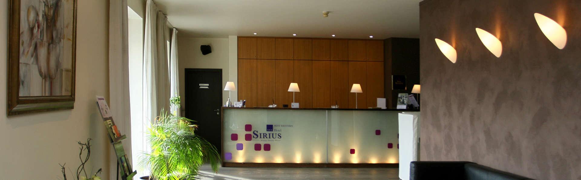 Hôtel Sirius - EDIT_reception.jpg