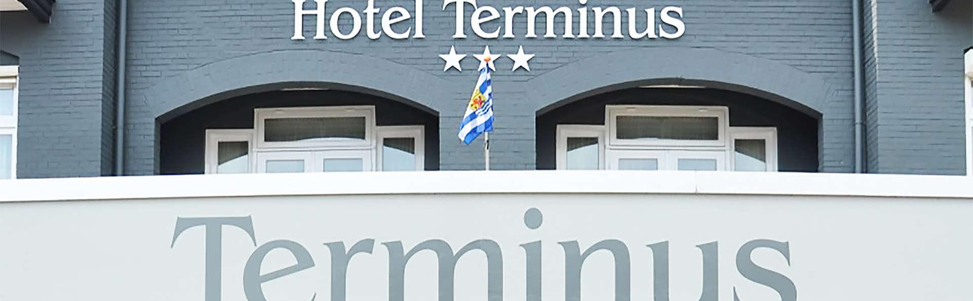 Hotel Terminus - EDIT_front2.jpg