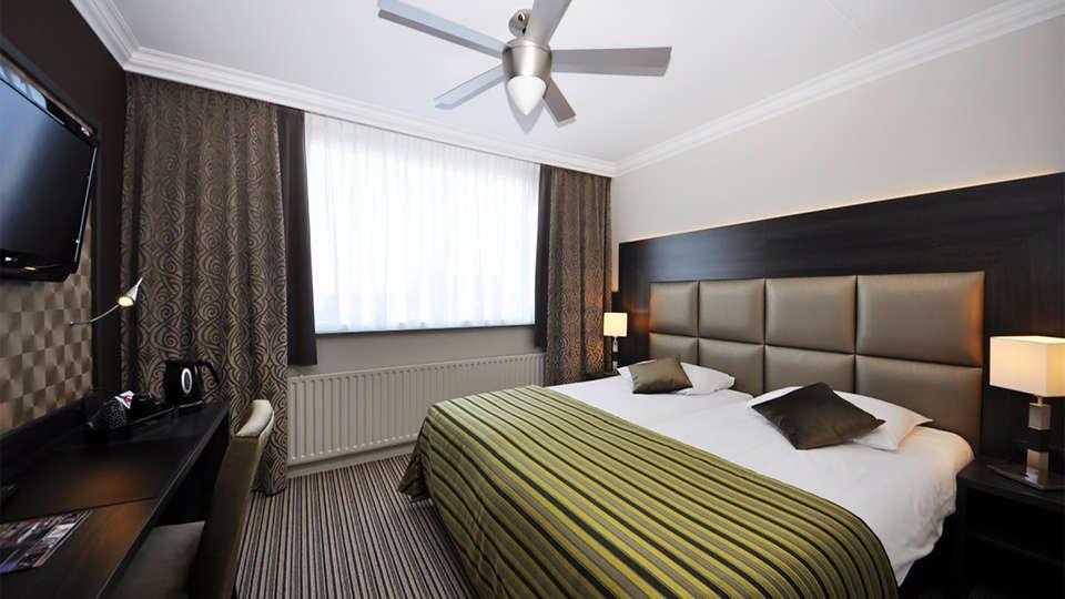 Hotel Terminus - EDIT_room5.jpg