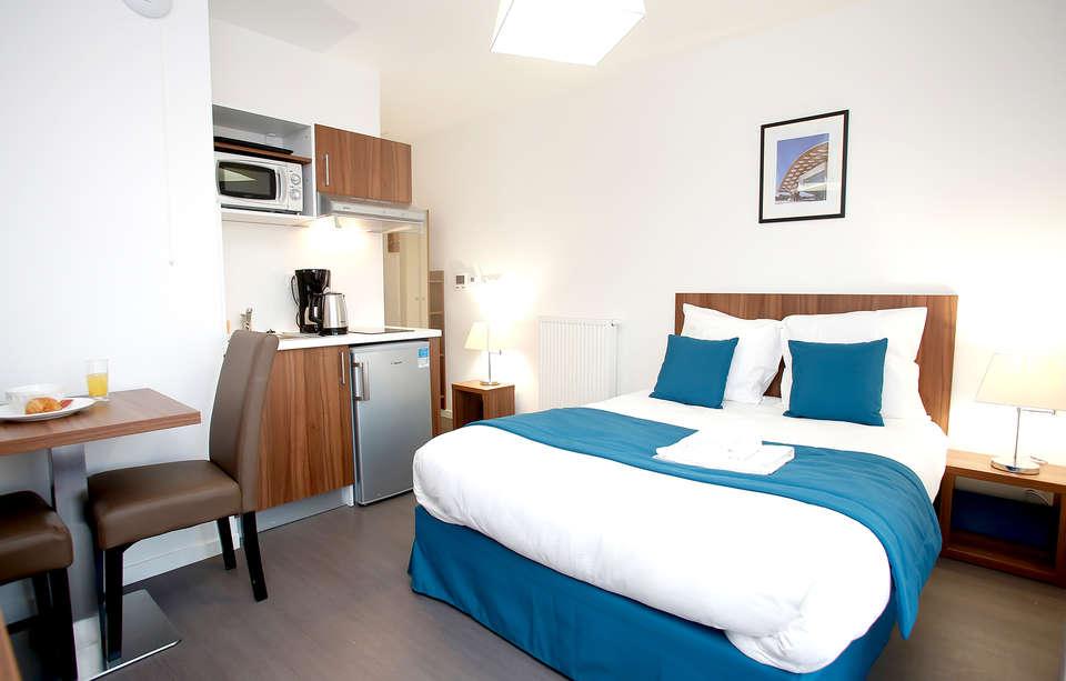 Appart'Hotel Odalys Metz Manufacture - Edit_Room2.jpg
