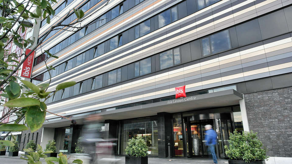 Ibis Leiden Centre - EDIT_front.jpg