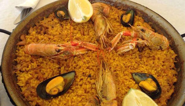 City Trip a Valencia con visita guidata per il centro e degustazione