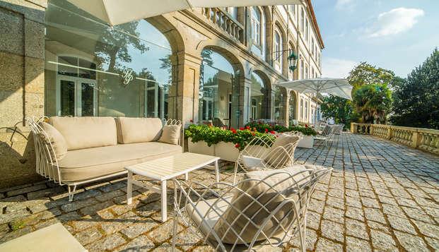 Escapada con desayuno y botella de vino en Braga en un hotel rodeado de jardines (desde 3 noches)