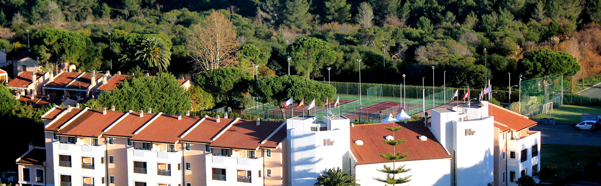 Heraclea Hotel Residence - Edit_Front2.jpg