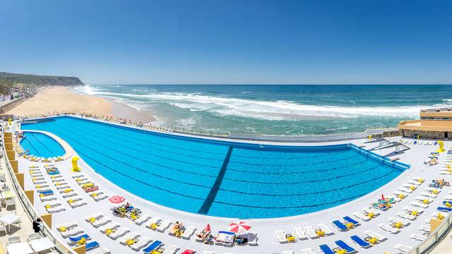 Escapada con vistas al mar, tabla de quesos y botella de vino en Praia Grande  (desde 2 noches)