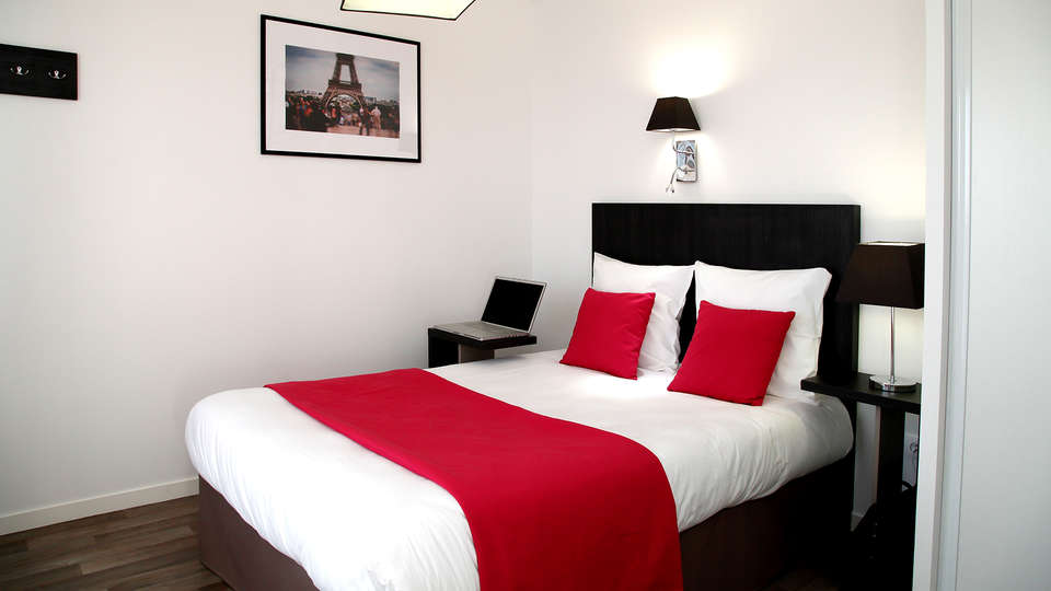 Appart'Hotel Odalys Paris Levallois - Edit_Room.jpg