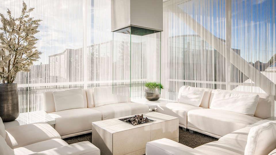 City Resort Hotel Mill - EDIT_NEW_lobbyspa.jpg