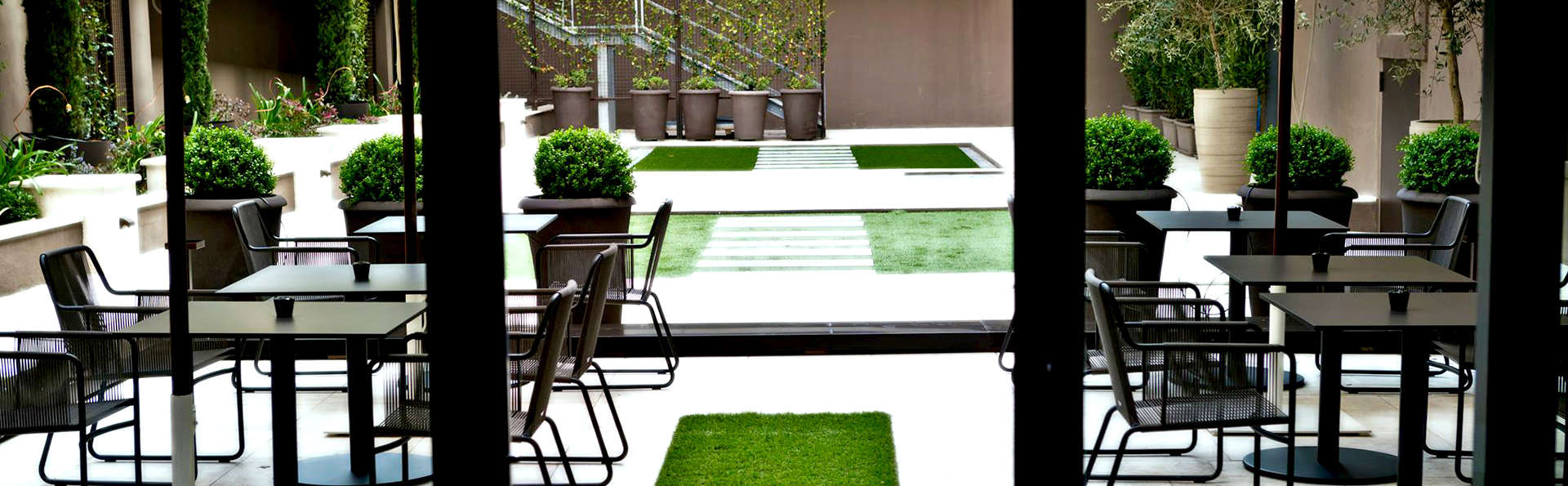 Fifty House - Edit_Terrace.jpg