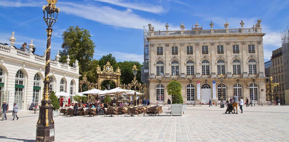 H U00f4tel Coeur De City Nancy Stanislas By Happyculture 3