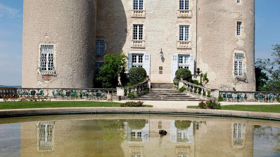 Château de Mercuès - edit_front2.jpg