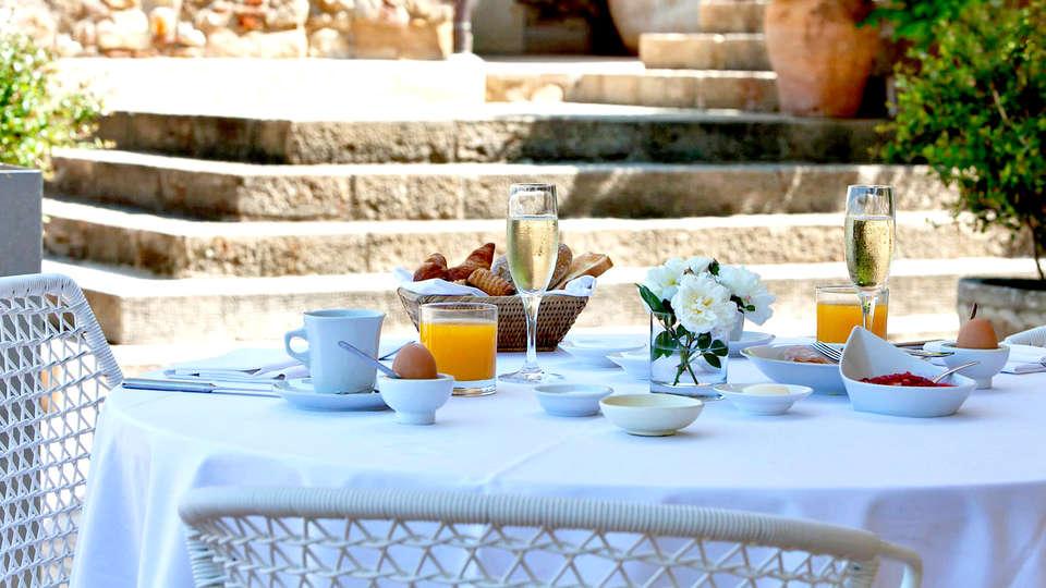 Hotel Castell d' Empordá - Edit_Breakfast.jpg