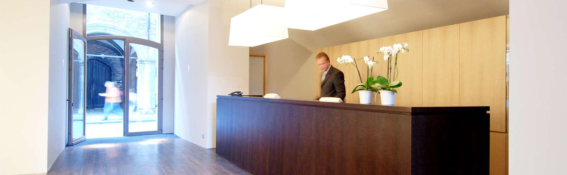 Martin's Brugge - EDIT_reception4.jpg